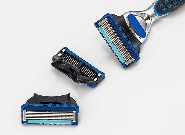 how often should you change your razor blade