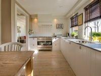 Clean-kitchen-floor