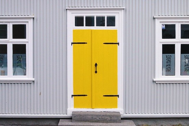 what color to paint my front door