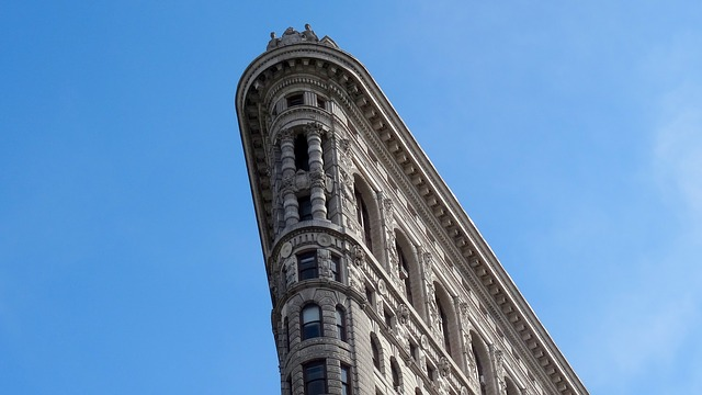 Triangular flatiron building