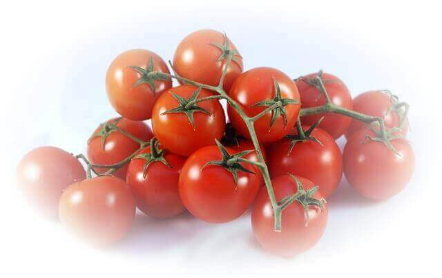 How To Reduce Excess Salt In Food Using Tomato