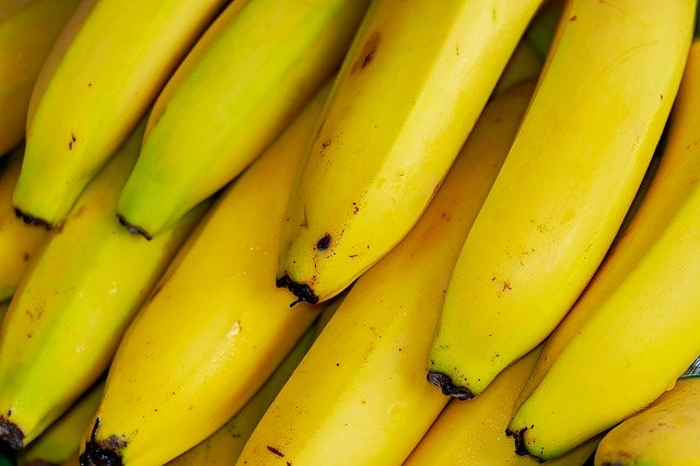 How To Store Bananas So They Last Longer